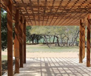 Consider the Right Type of Pergola to Decorate Your Garden