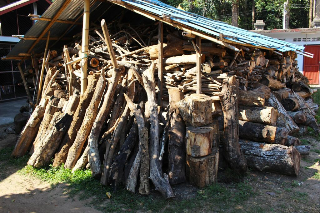Ways to Cover a Woodpile